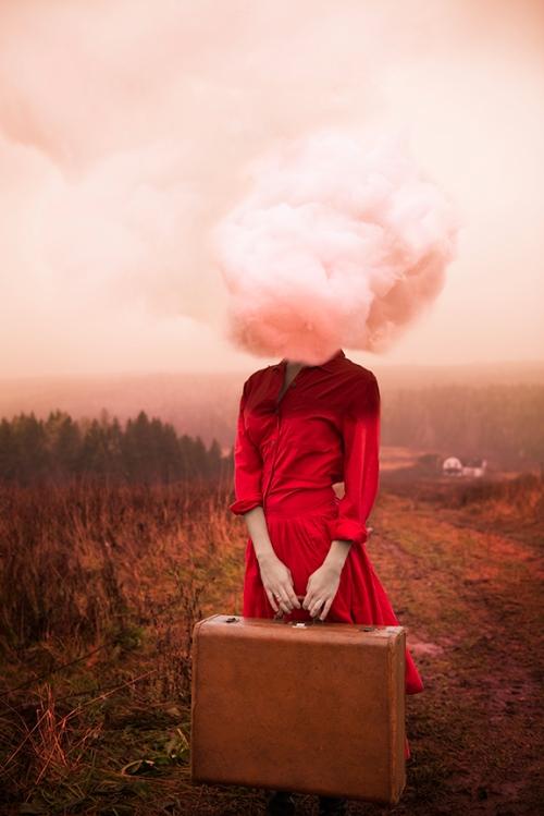 (http://www.mymodernmet.com/profiles/blogs/alicia-savage-morning-light-imagined/)